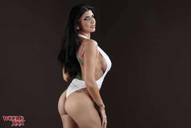 Romi Rain new boobs (3).png