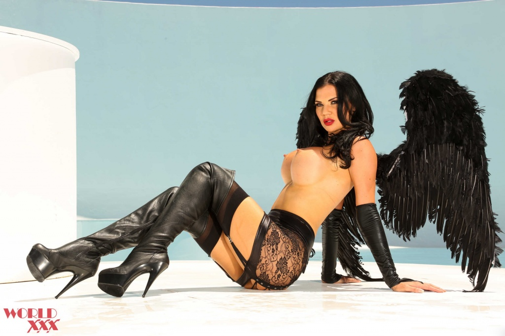 Jasmine Jae Angel first anal scene (3).jpg