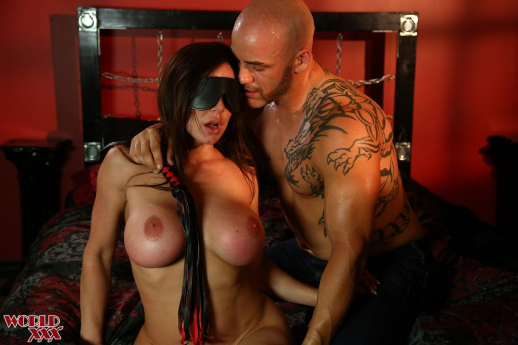 shades-of-scarlet-2_kendra-lust-and-derrick-pierce-4561.jpg